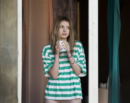 beautiful, cassie ainsworth, clean, coffee, hannah murray, hot, movie, other, photography, pure, sexy, skins, staring