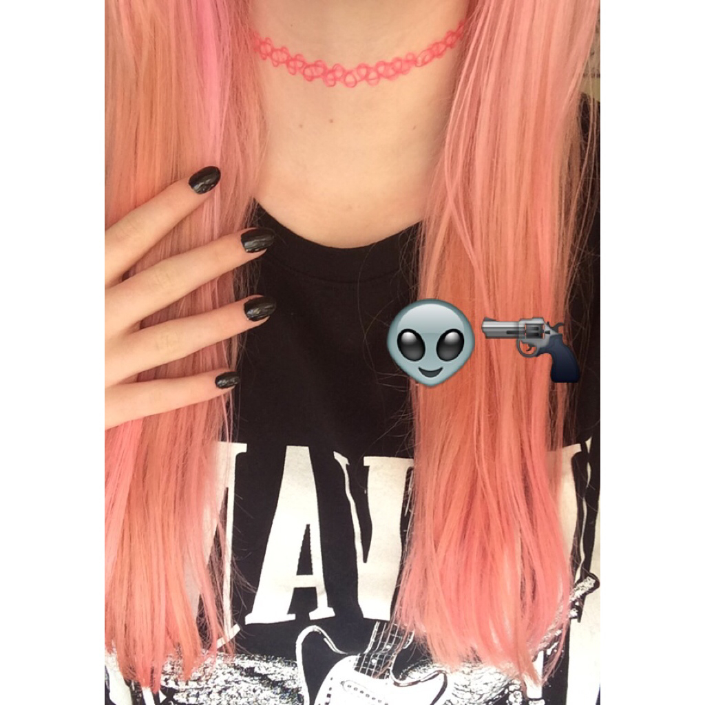 alien, black, black nails and choker