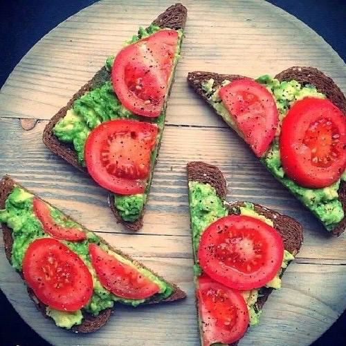 avocado, bread, delicious, eat, eating, fibre, food, healthy, nice, nutrition, snack, tasty, tea, tomato, tumblr, twitter, yummy