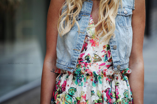 I love FASHION blonde-curly-hair-fa