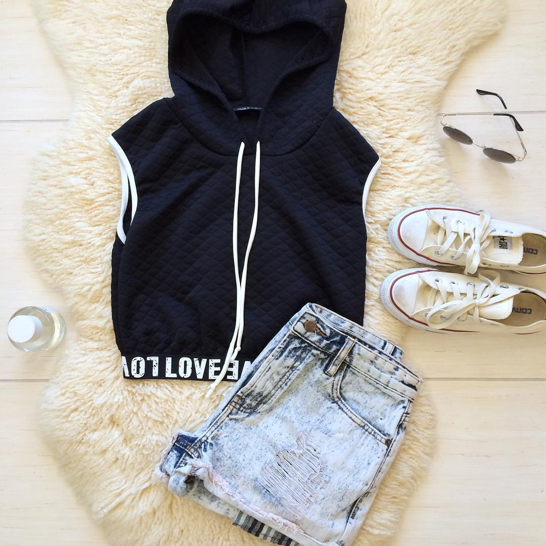 black, boutique, california, clothes, converse, cute, fall, fashion, girl, jean, jeans, los angeles, losangeles, love, outfit, perfume, school, shopping, shorts, style, summer, sunglasses, top, tumblr, weheartit, white, bellexo, ootd , bellexoboutique