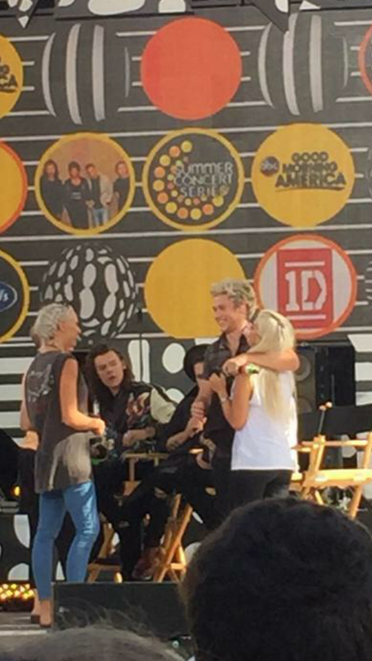 Lou Teasdale And Niall Horan