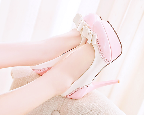 bow, bows, classy, cool, cute, fashion, fashionable, girl, girly, heel, heels, high heels, highheels, legs, lovely, nice, pastel, pink, pretty, ribbon, ribbons, shoe, shoes, soft, style, stylish, teen, wear, white, cutely