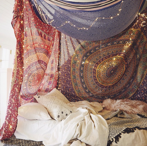 Untitled via tumblr image 3442164 par kristy d sur for Chambre hippie