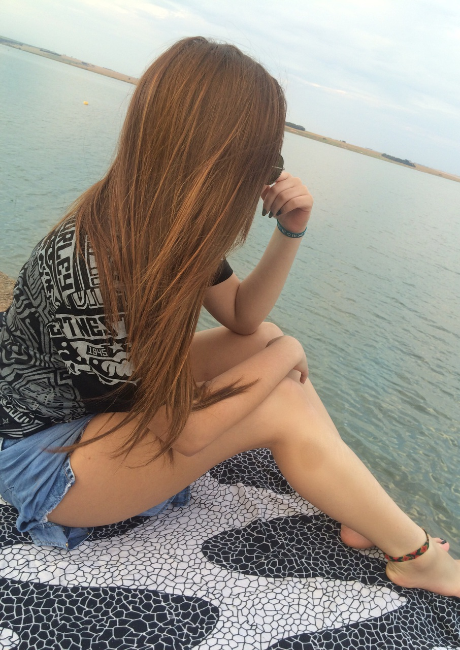 beach, bobmarley, copacabana, fashion, ginger, girl, hair, hipster, longhair, ocean, pretty, red, riodejaneiro, slim, style, tumblr, tumblrgirl, gingerhair