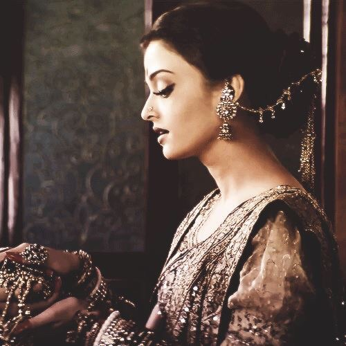 aishwarya rai, aishwarya rai bachchan, beautiful, beauty, bollywood, first, glamorous, good look, gorgeous, hot, india, indian, indian actress, miss world, star, miss india