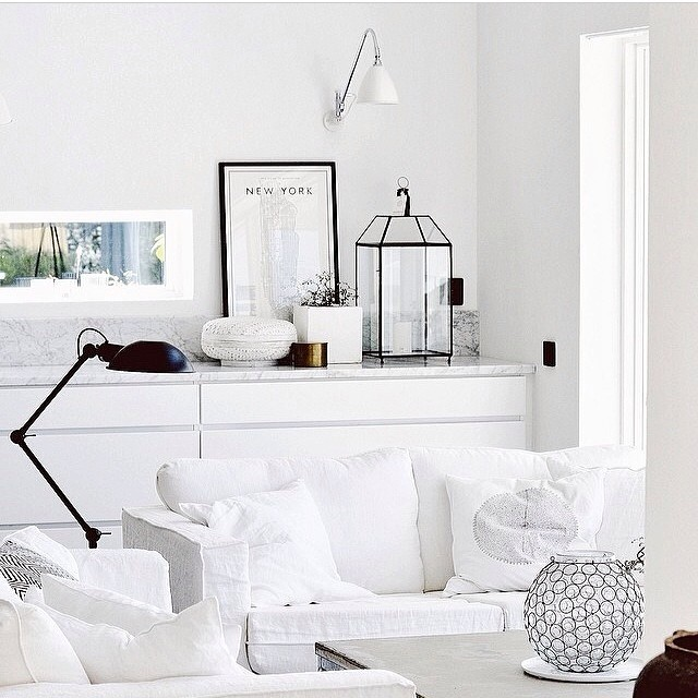 details, white, livingroom and sofa
