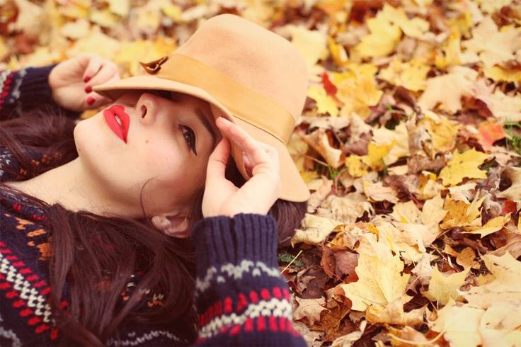 autumn, beautiful, cute, dreamy, eyeliner, fall, girl, hat, lay down, leaves, makeup, model, red lipstick, sweater